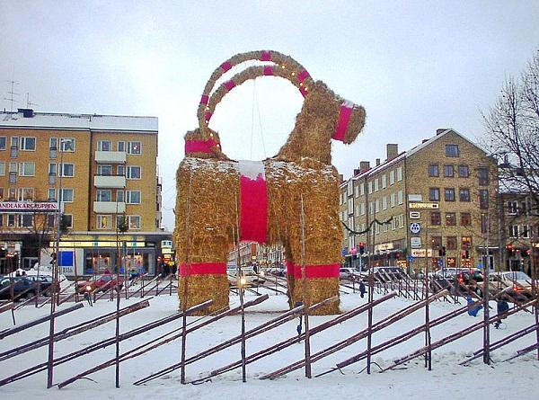 800px-gavle_christmas_billy_goatsmall